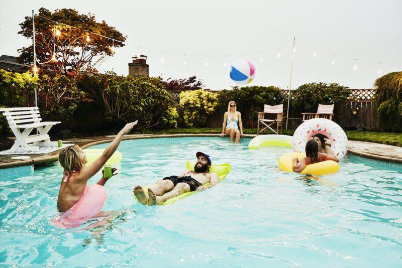 Un été en musique au bord de la piscine - Laboconso.com